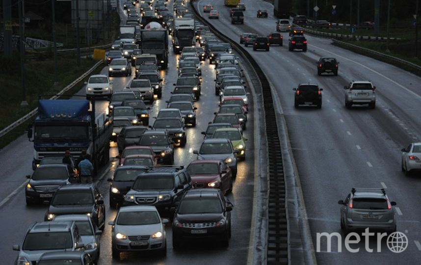Участок Калужского шоссе (архивное фото). Фото РИА Новости