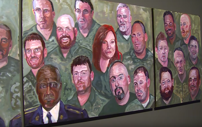 Выставка в Далласе. Фото Скришнот из видео YouTube канала Dallas News., Скриншот Youtube