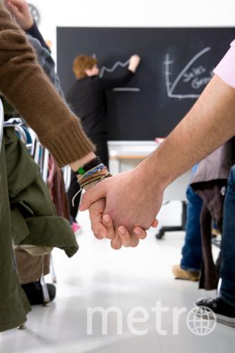 Уроки сексуального воспитания станут обязательны во всей Англии. Фото Getty