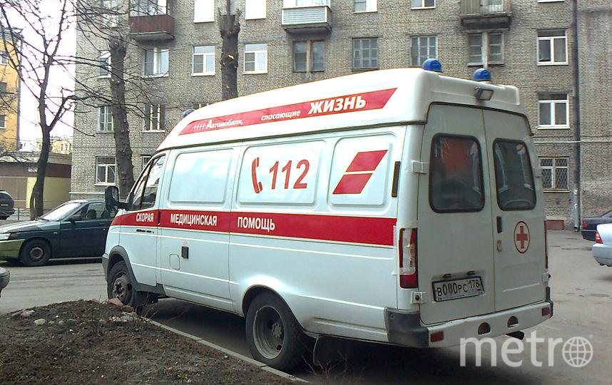 Рабочий упал свысоты настройке и скончался вПетербурге