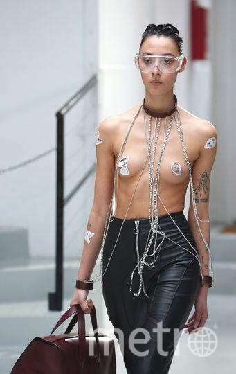 Показ Anne Sofie Madsen на Неделе моды в Париже. Фото Getty