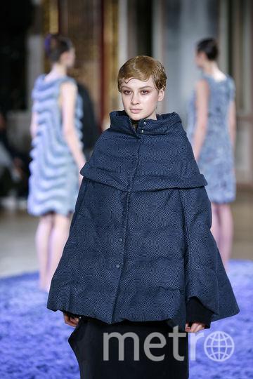 Показ Anrealage на Неделе моды в Париже. Фото Getty