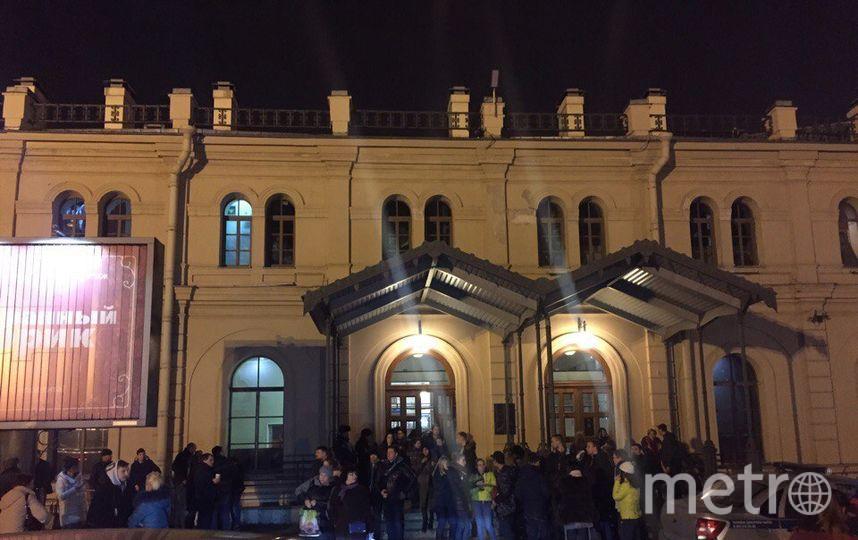 ТЦ «Варшавский экспресс» эвакуировали вПетербурге