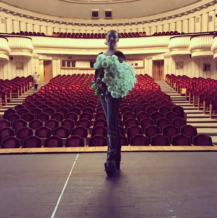 Анастасия Волочкова удивила поклонников рискованным шпагатом. Фото Скриншот/Instagram:volochkova_art