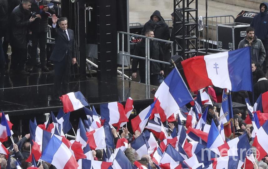 Митинг в поддержку Франсуа Фийона в Париже. Фото AFP