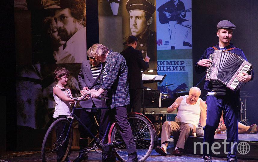 Стихи Владимира Высоцкого оживают на сцене. Фото Анна Коонен, пресс-служба Губернского театра.