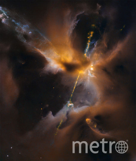 "Cветовой меч из ""Звездных войн"". Фото ESA/Hubble & NASA, D. Padgett, T. Megeath, and B. Reipurth."