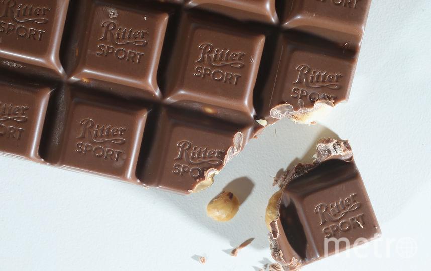В Петербурге молодая пара похитила 172 плитки шоколада. Фото Getty