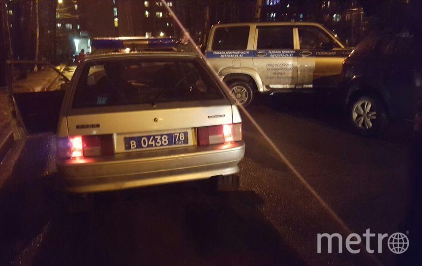 НаГражданском проспекте обстреляли автомобиль