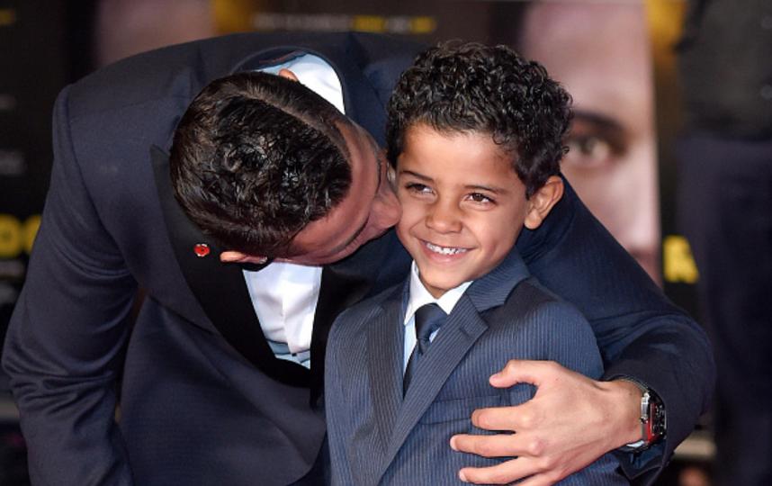 Криштиану Роналду уже воспитывает мальчика - Криштиану-младшего. Фото Getty