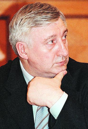 Преемником Ельцина должен был быть Николай Аксёненко, министр путей сообщения.