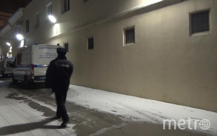 Нетрезвый петербуржец кидался наавтомобили вКупчино