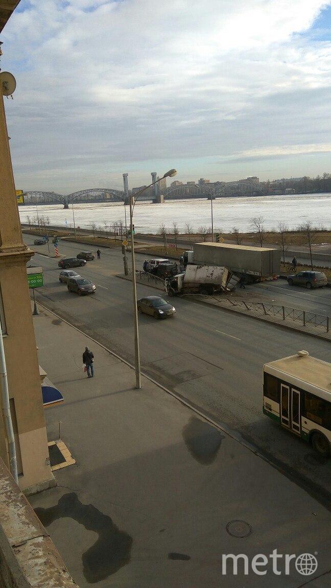"""ДТП и ЧП / Санкт-Петербург"". Фото Зураб Гахариа, vk.com"