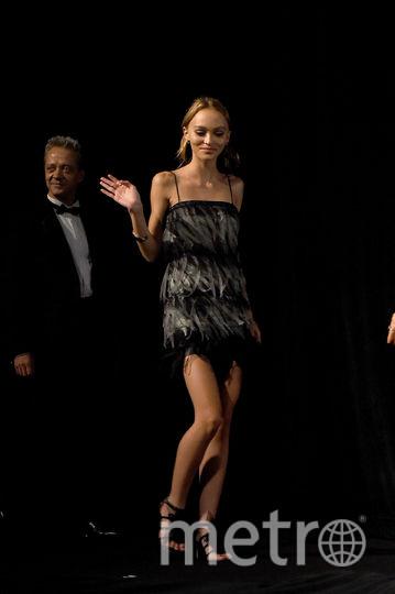 Фото с разных показов мод и светских мероприятий. Фото Getty