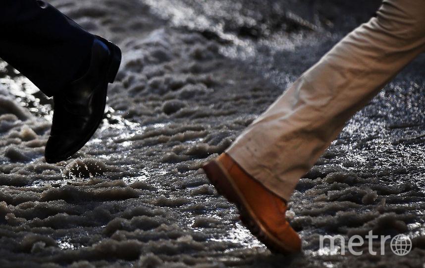 На трассах Петербурга вчетверг предполагается гололед— МЧС