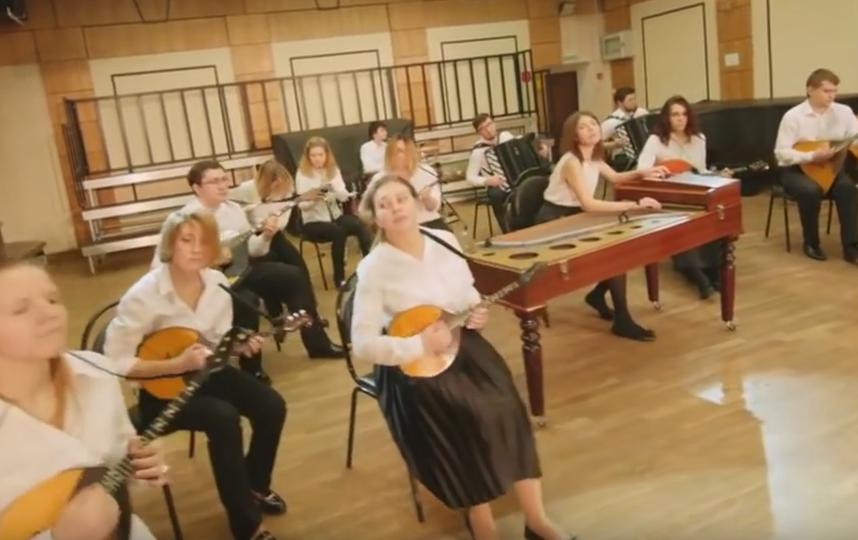 Выступление оркестра Russian Style Folkestra. Фото Скриншот Youtube