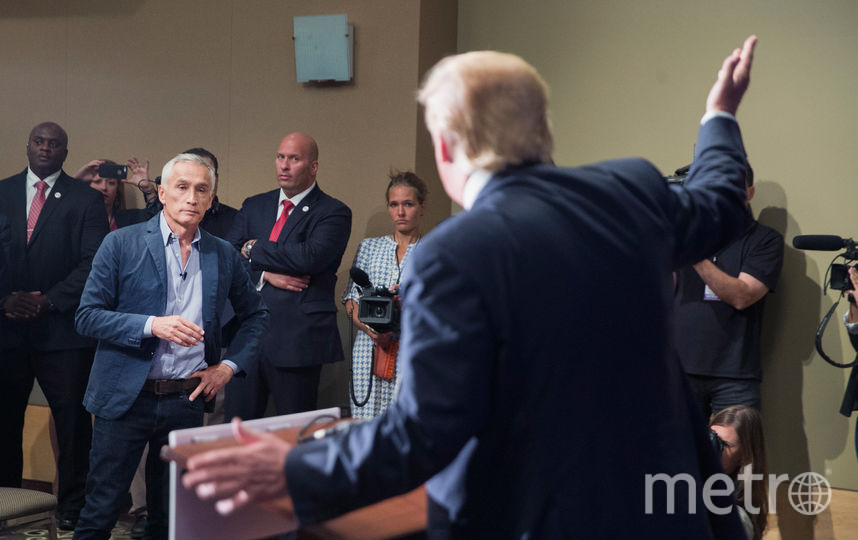 Дональд Трамп и журналисты. Фото Getty