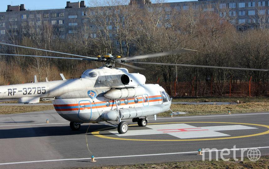 Транспортировка пострадавших. Фото МЧС РФ по Санкт-Петербургу