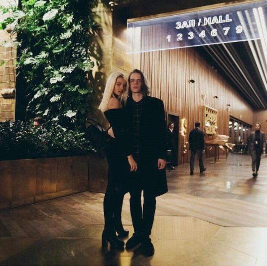Алеся Кафельникова с парнем. Фото instagram/alesyakaf