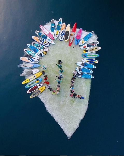 Дрейф на льдине. Фото Скриншот Instagram/mihailtfv