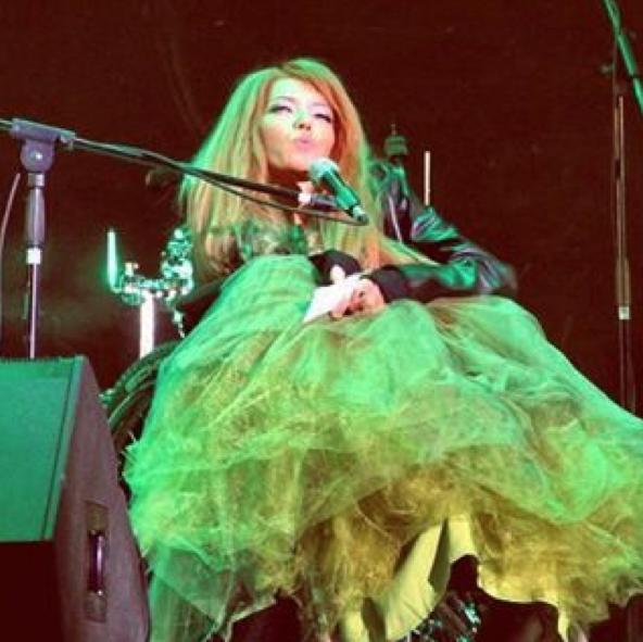 Певица Юлия Самойлова. Фото Instagram Юлии Самойловой.