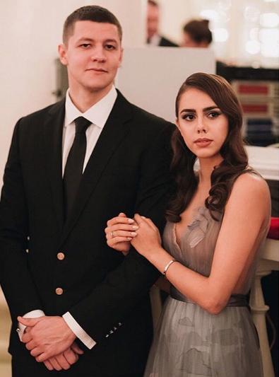 Маргарита Мамун с женихом Александром Сухоруковым. Фото Instagram/ritamamun