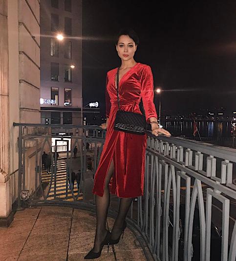 Актриса Настасья Самбурская. Фото Instagram Настасьи Самбурской