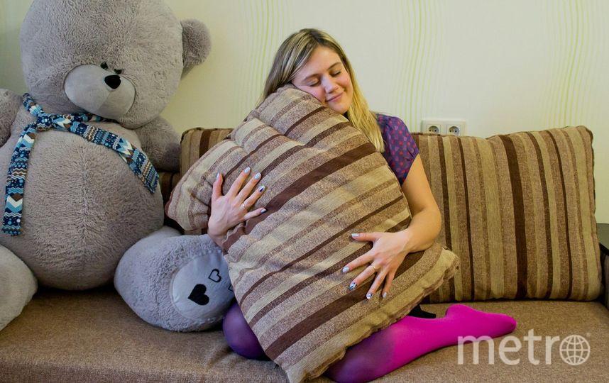 ВУфе девушка устроилась надолжность испытателя диванов