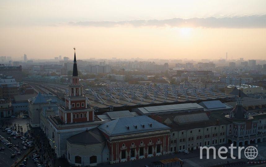 Синоптики обещают москвичам теплую, дождливую иветреную погоду