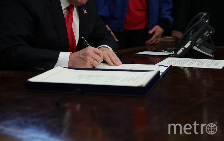 Дональд Трамп подписал акт о увеличении финансирования NASA. Фото Getty
