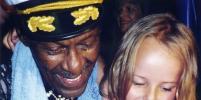 Metro отыскало девочку с фотографии с Чаком Берри