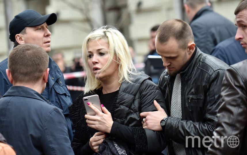 Супруга Вороненкова Мария Максакова на месте трагедии. Фото AFP