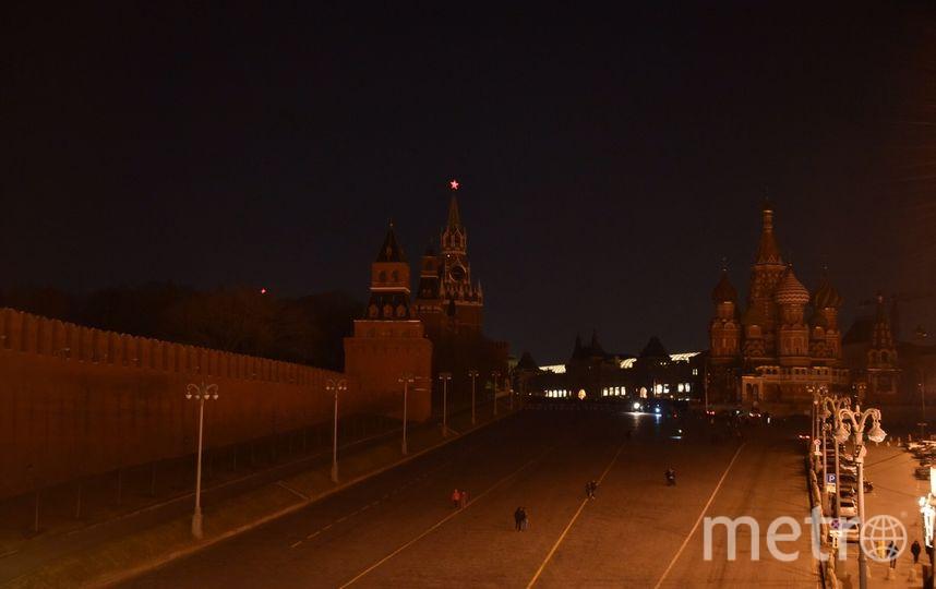 """Акция """"Час Земли"""" на Красной площади. Фото Василий Кузьмичёнок., """"Metro"""""""