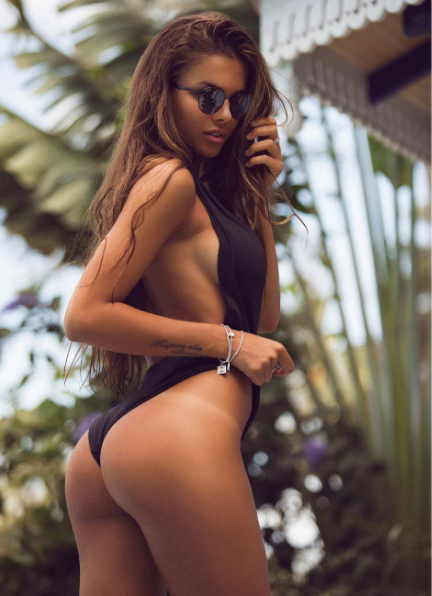 Новое фото модели. Фото instagram.com/viki_odintcova