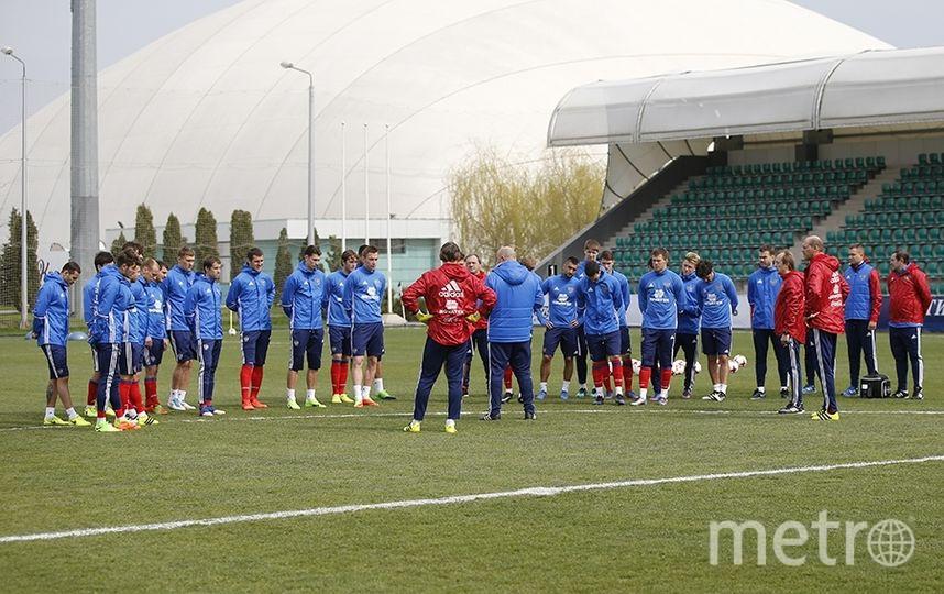 Тренировка сборной России по футболу. Фото www.rfs.ru