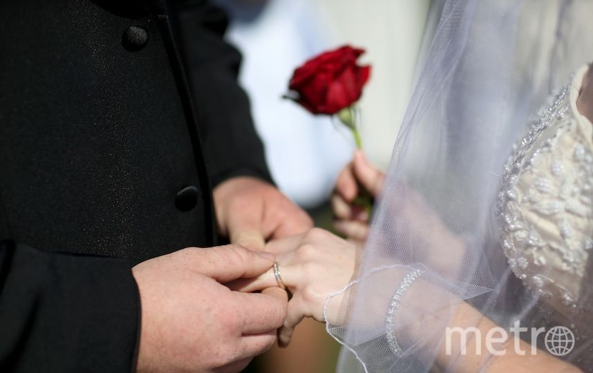 Неменее 2 тыс. пар столицы хотят пожениться наКрасную горку