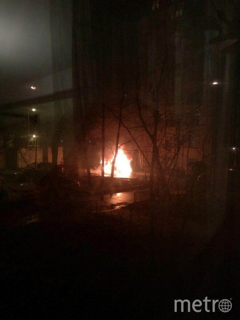 В Петербурге за ночь горели три автомобиля. Фото «ДТП и ЧП | Санкт-Петербург», vk.com
