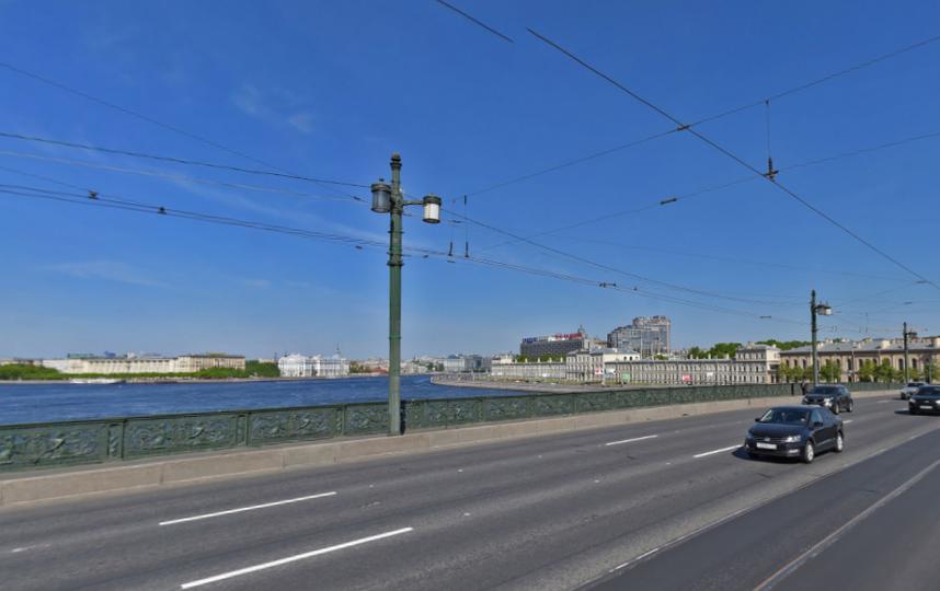 В Петербурге ночью разведут два моста. Литейный мост. Фото Скриншот/ Яндекс.Карты