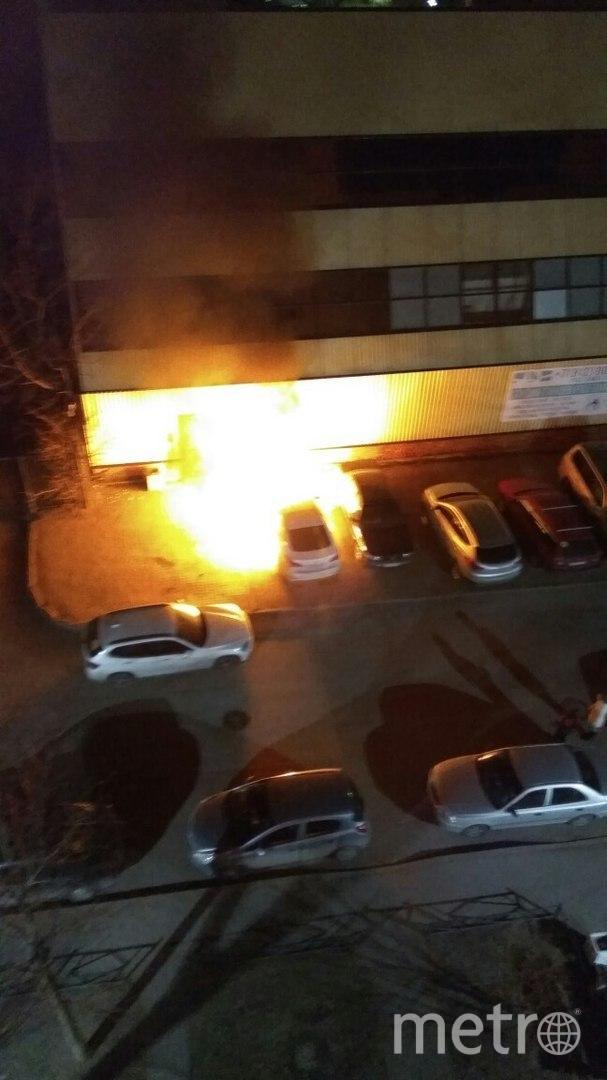 В Петербурге за ночь сгорели четыре машины. Фото «ДТП и ЧП | Санкт-Петербург», vk.com