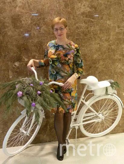 Это платье точно счастливое, потому что этой долгой зимой оно своей позитивностью поднимало настроение мне и моим друзьям. Фото Галина