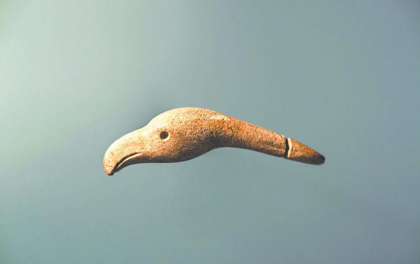 Подвеска, конец IV – начало III тысячелетия до н. э. Фото Предоставлены государственным историческим музеем.