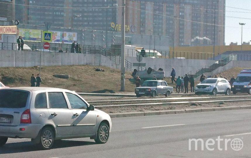 Насмерть сбил двух пешеходов натротуаре автомобиль вПетербурге