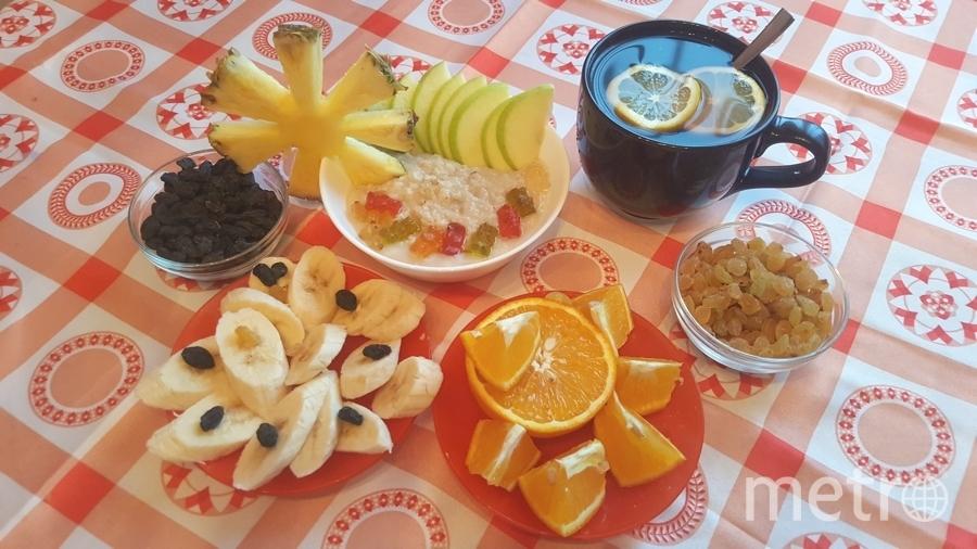 Каша с фруктами на завтрак -всегда хорошо, но иногда хочется чего-то другого, тогда на завтрак делаю вкусный и полезный салат. Фото Анастасия Волкова