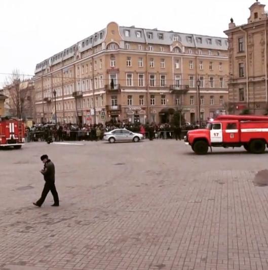 Кадры с места взрыва в петербургском метрополитене. Фото instagram/sergeevnamuur