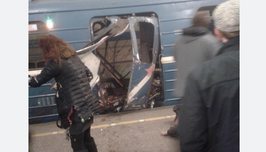 Число жертв при взрыве впетербургском метро выросло до 13 человек