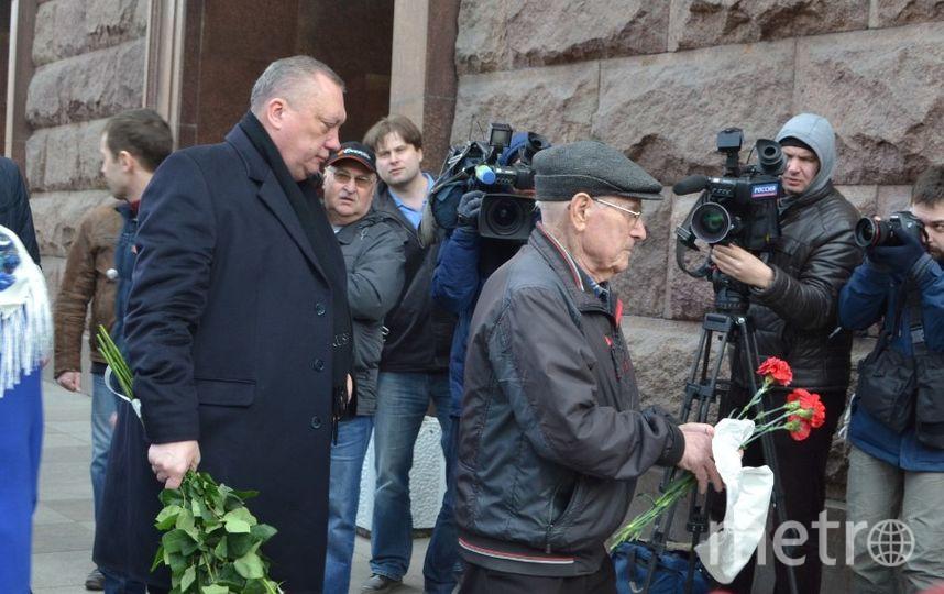 """Губернатор Санкт-Петербурга выразил соболезнования семье Вадима Тюльпанова. Фото """"Metro"""""""