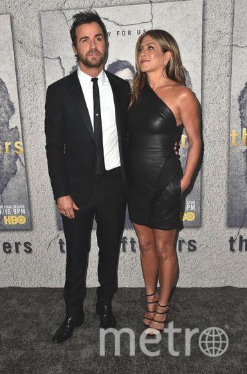 Дженнифер Энистон в шикарном платье поддержала Джастина Теру на премьере. Фото Getty