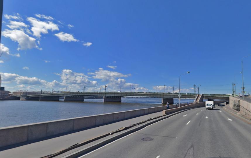 Литейный мост. Фото скриншот Яндекс.Панорамы.