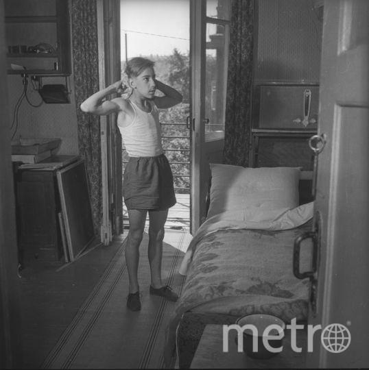 Евгений Халдей. Сосед Вовка. Утро Москвы. 1956. Фото представлены Анной Халдей.