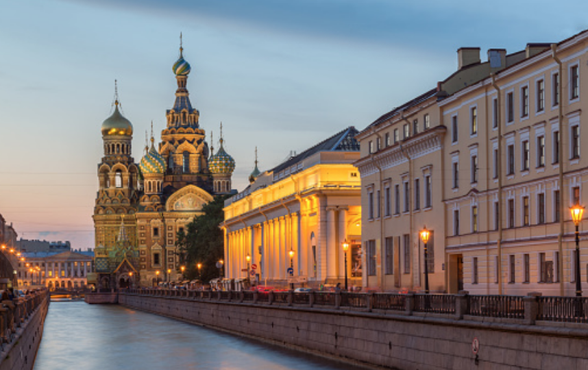 Погода на выходных в Петербурге будет малопригодной для прогулок. Фото Getty